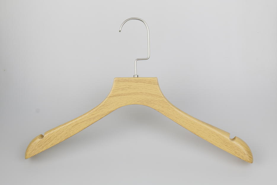 Standard Size Wooden Hotel Hanger for Women & Man Clothes
